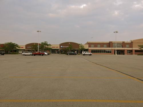 Mall in Joliet, Ill.
