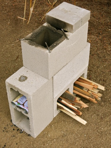 Concrete block rocket stove yet another unitarian for Rocket wood stove design