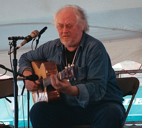 John Renbourn perfomring in New Bedford, Mass.